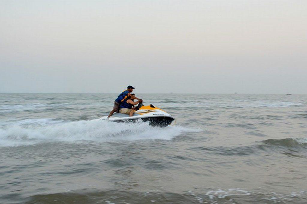 Mandwa-beach_serene-beach-near-pune