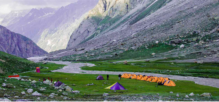 Hampta-Pass-Trek-for-families