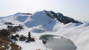 Prashar-Lake-Trek