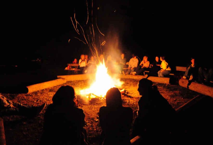 bonfire_chadar_trek