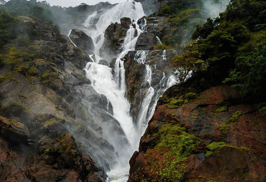 Dudhsagar-Falls-Trek-in-sahyadri