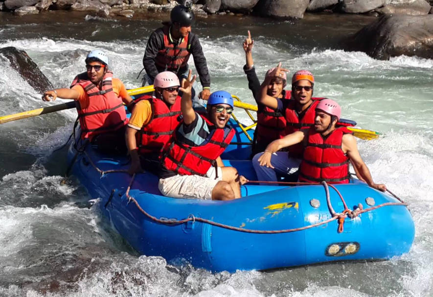 Kullu-River-Rafting