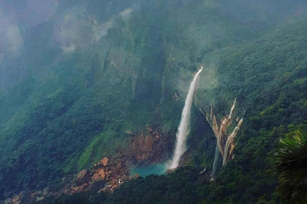 Nohkalikai Waterfalls
